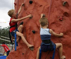 Mobile Rock Climbing amusement ride for all ages
