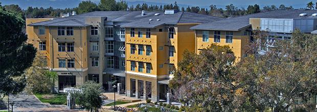University of California, Davis UC Davis Parent & Family - Moving into the Res Halls