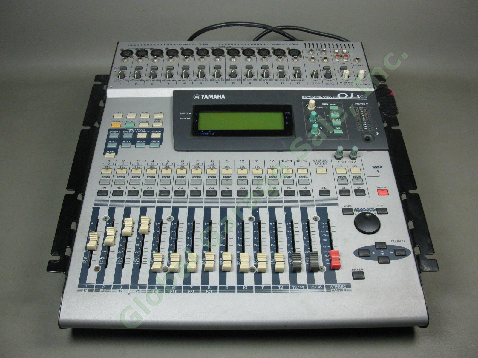 yamaha 01v 16 24 channel digital mixer recording mixing console my8ae io aes ebu ebay. Black Bedroom Furniture Sets. Home Design Ideas