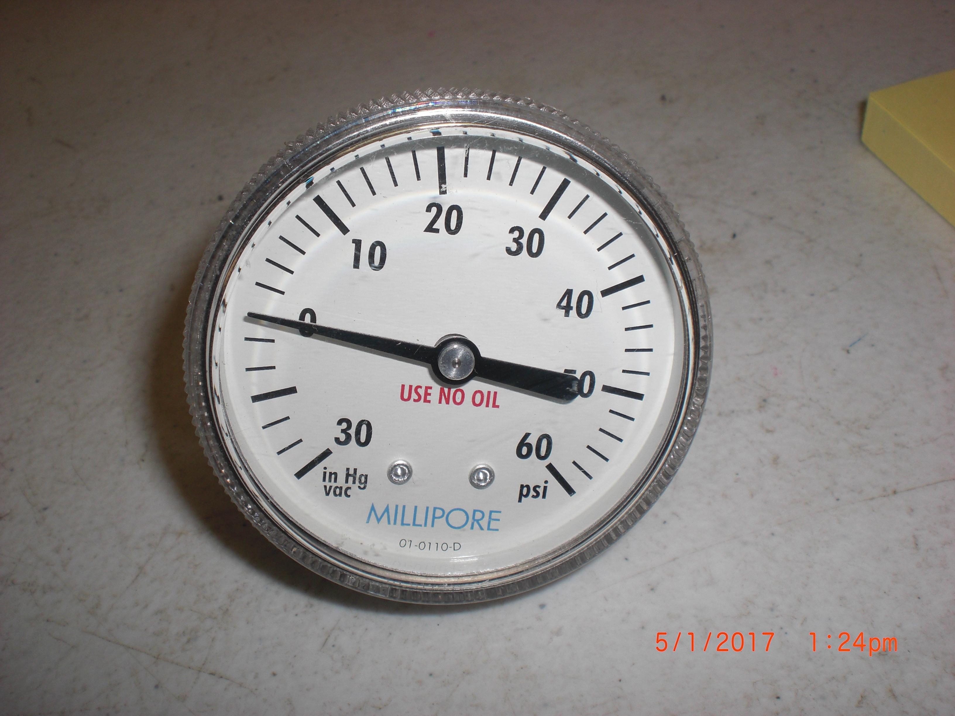 Gauge MILILIPORE/Span 01-0110-D 30Hg-0-60PSI rear 1/4 MVCR