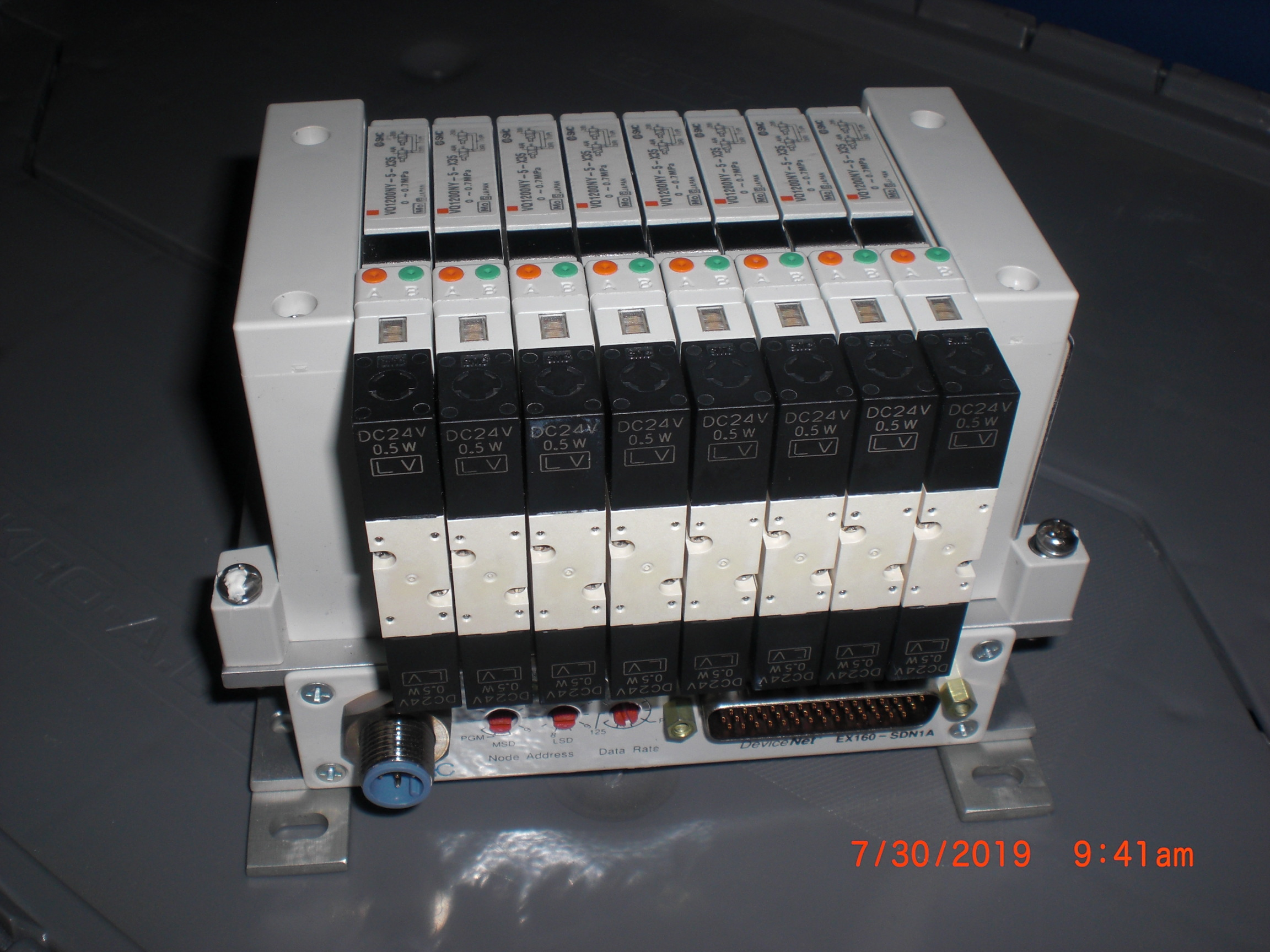 Valve SMC EX160-SDN1A  (AMAT) 0190-15945 8 position DviveNET interface