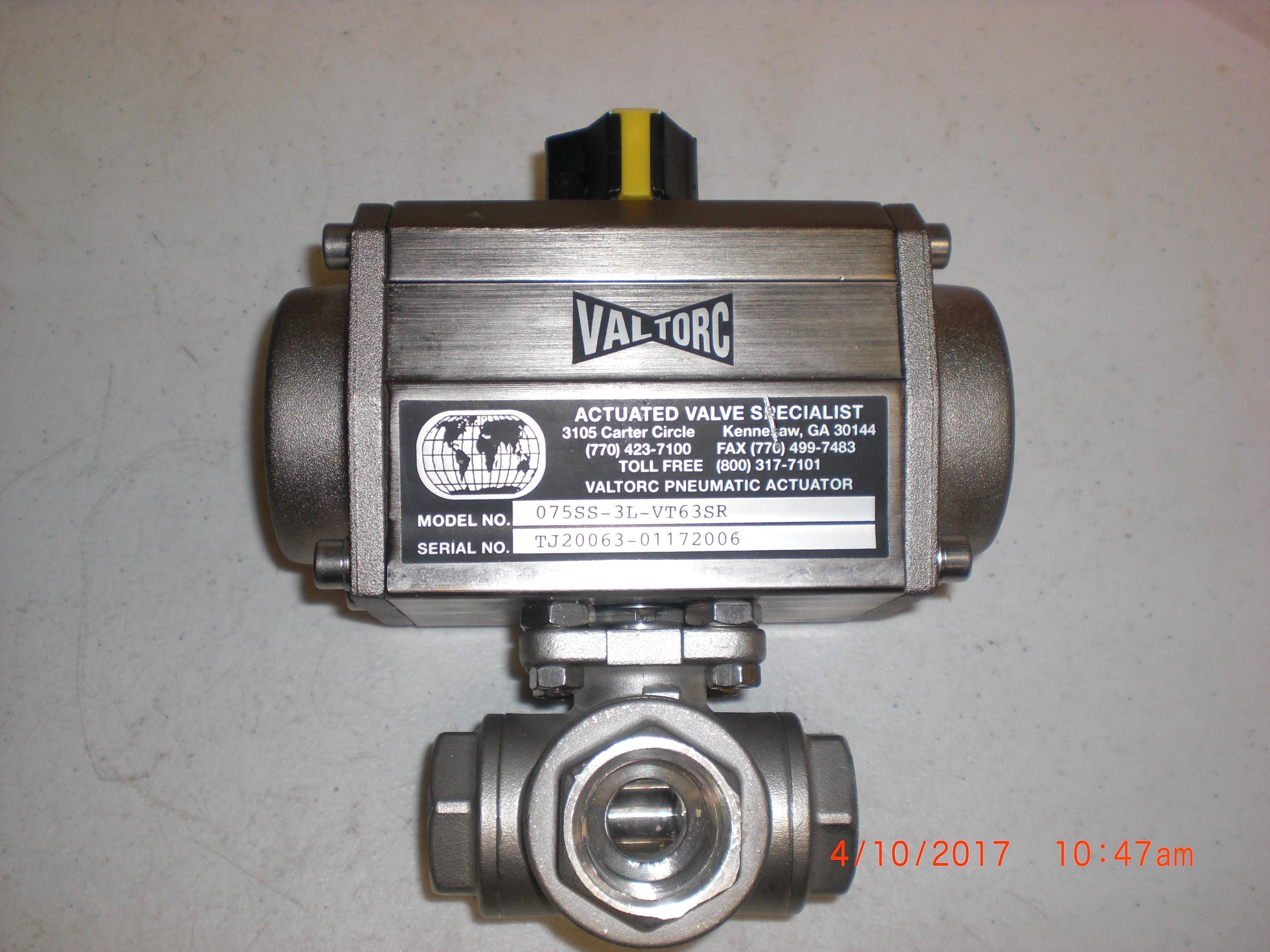 Valve SS Ball 3 way 3/4 FPT  SS Pneumatic actuator  VALTORC 075SS-3L-VT63SR