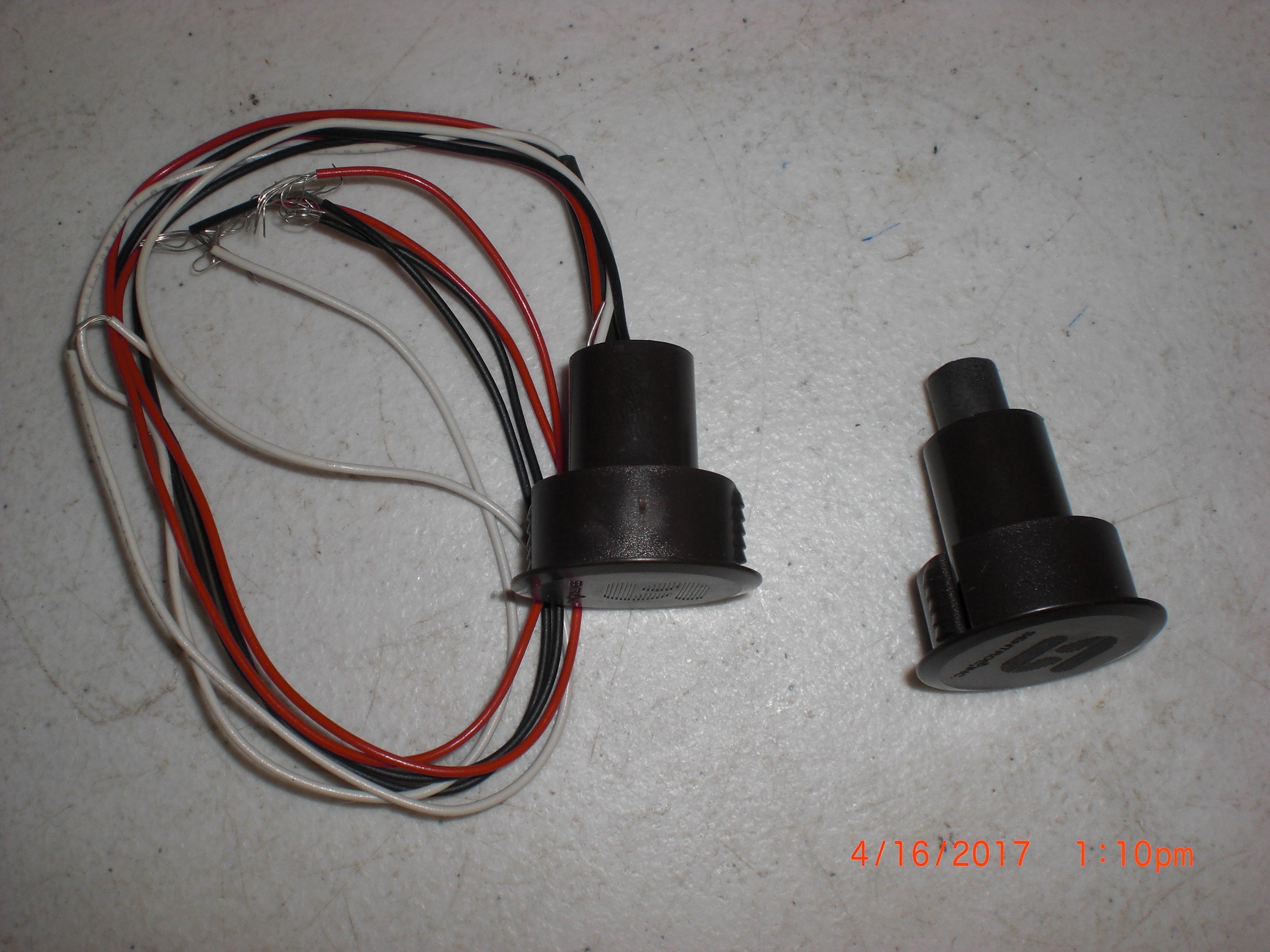 Switch sentrol 1076d magnetic door ebay for 1076d door contact
