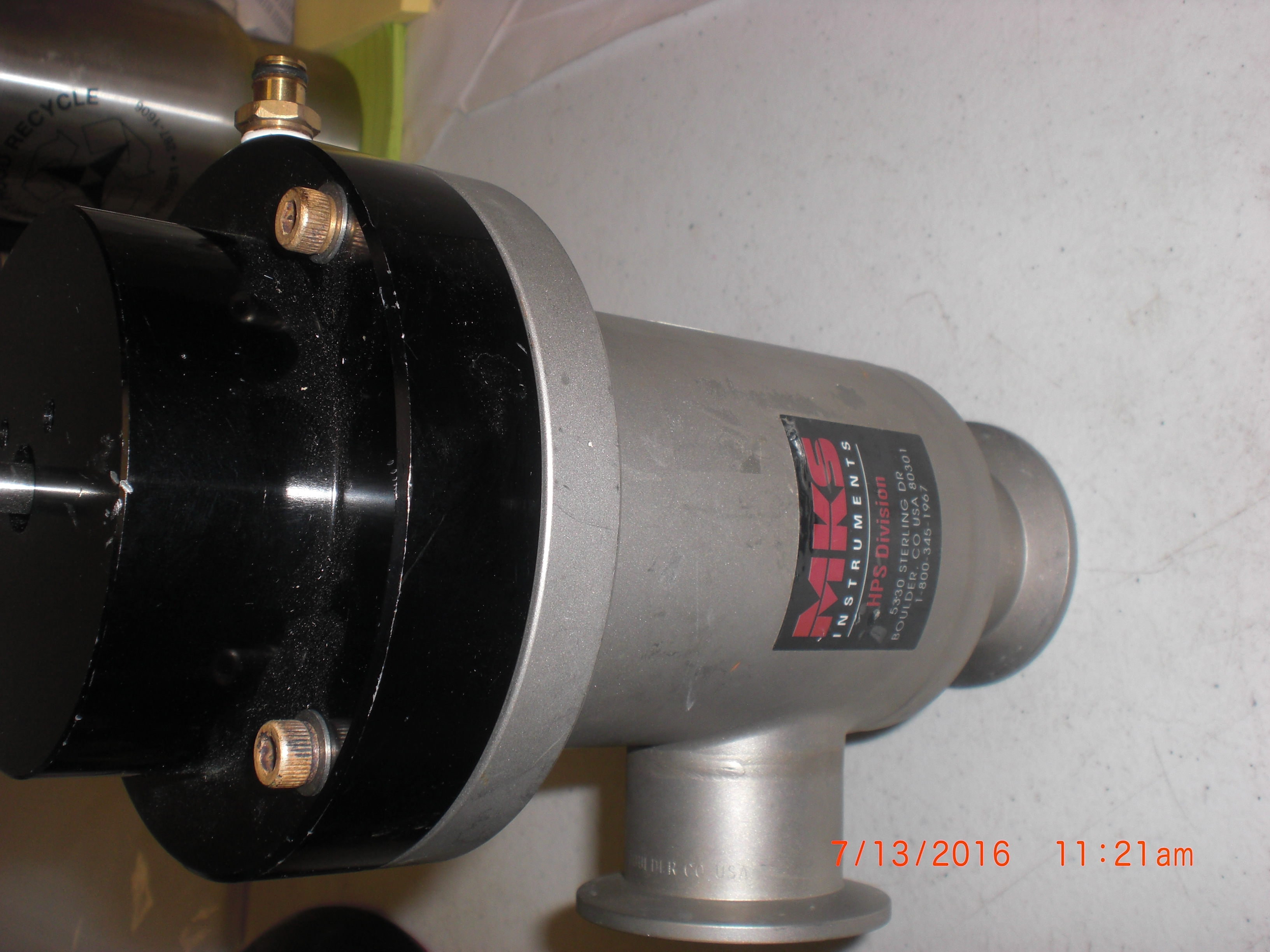 Valve MKS  152-0040K Valve vaccuum bellows right angle AS IS no returns