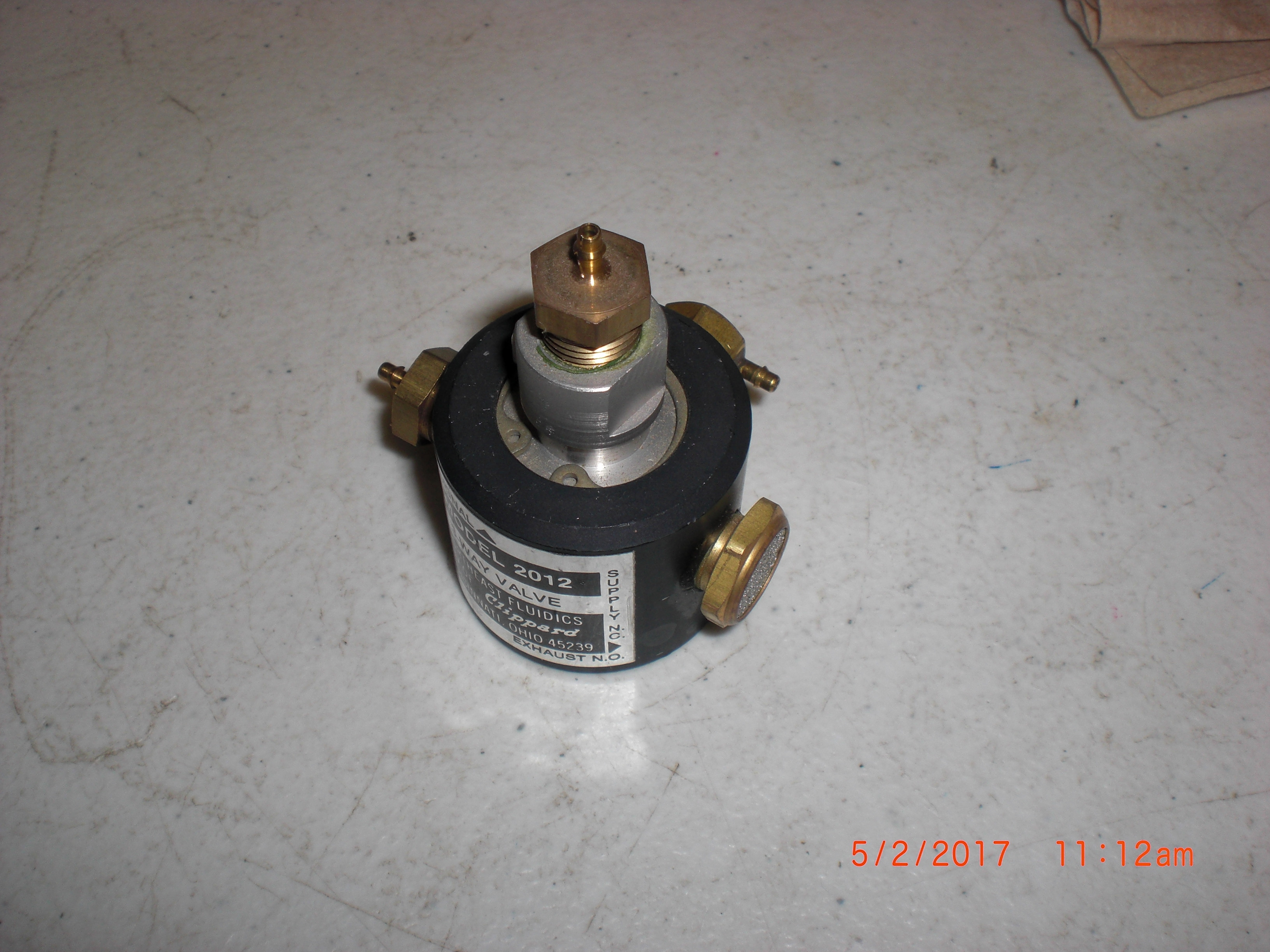 Valve Northeast Fluidics 2012 3 way valve ( Clippard)
