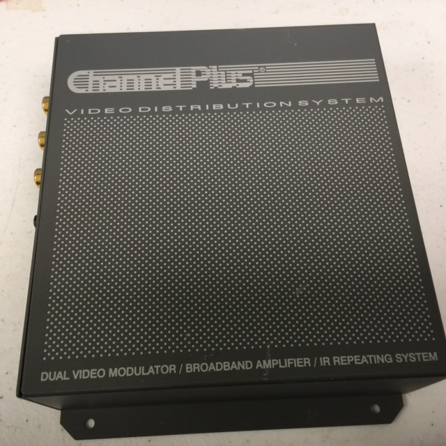 Computer Accessory CHANNELPLUS 2035 CP VIDEO DISTRIBUTION SYSTEM DUAL VIDEO MODULATOR AMP IR REPEATER