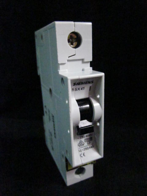 Electrical Circuit Breaker 2 (C6) ~230/400V, Ui~250/440