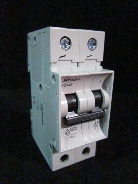Electrical Circuit Breaker,~400V, Ui~440V