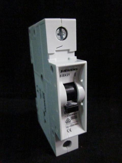Electrical SIEMENS 5SX2  Circuit Breaker 230/400V (D16); 4011293, 1000440
