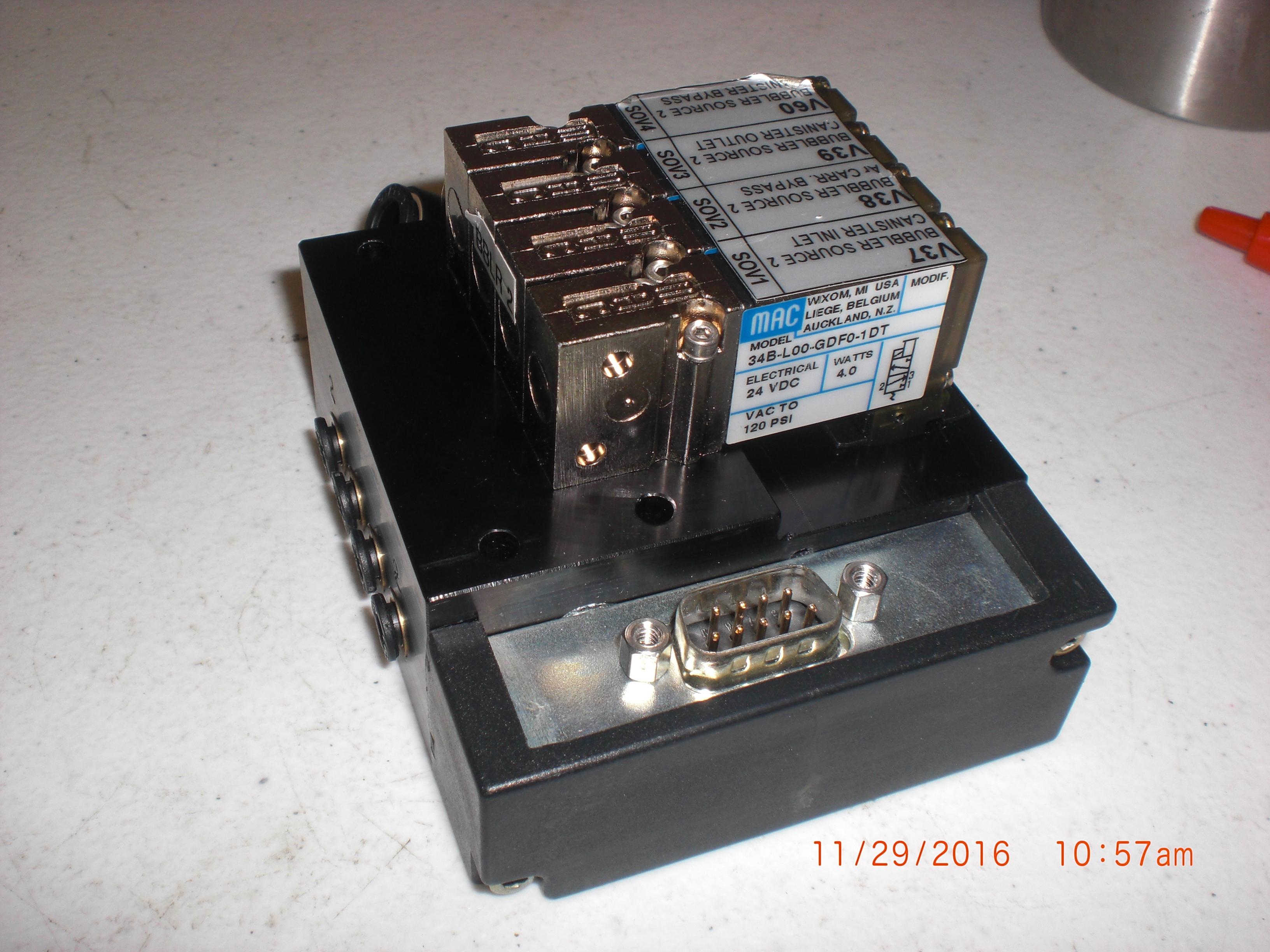 Valve MAC 34B-L00-GDF0-1DT Valve Solenoid Manifold 4 position, 24 VDC 4.0 watts 120 psi to VAC