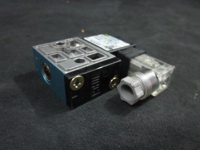 Valve MAC  Solenoid valve 24 VDC, 1.8 W, VAC TO 120 PSI  45A-SA1-DFBJ-1KE