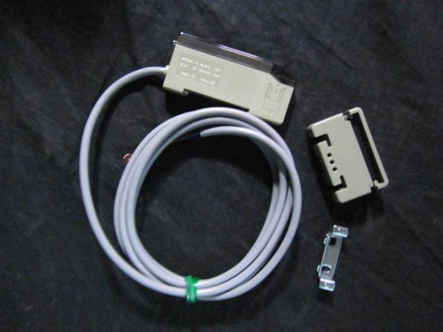 Sensor SUNX SU-7 Fiber Optic Amplifier; 0110-4200-00 FICO 67020002