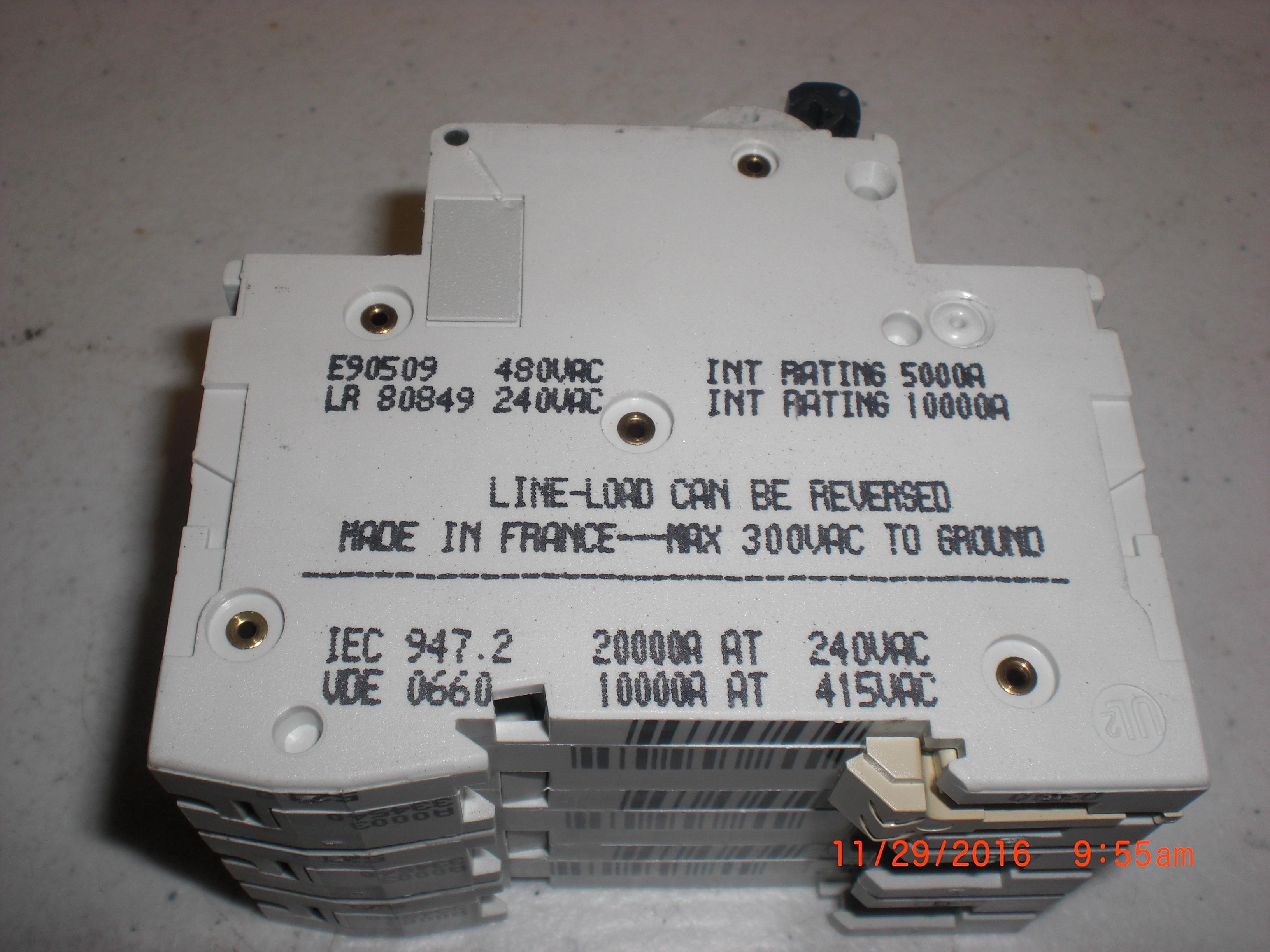 Electrical Circuit Breaker MERLIN GERIN C60N-multi9 16A 3 pole Type D 240/480vac