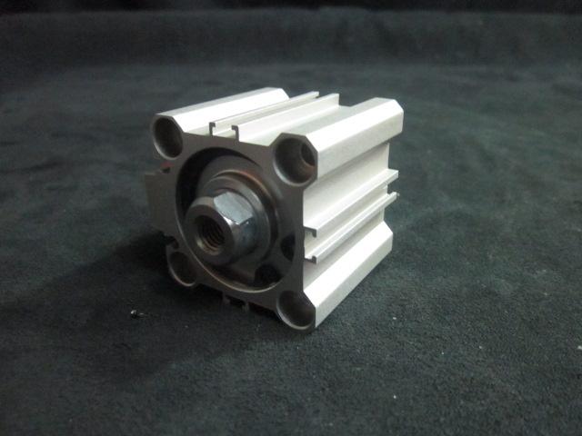 Cylinder Pneumatic CYLINDER
