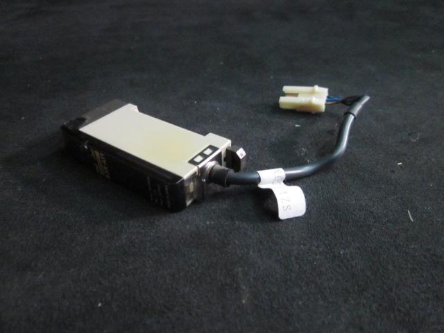 Sensor OMRON E3X-A11 Sensor Amplifer
