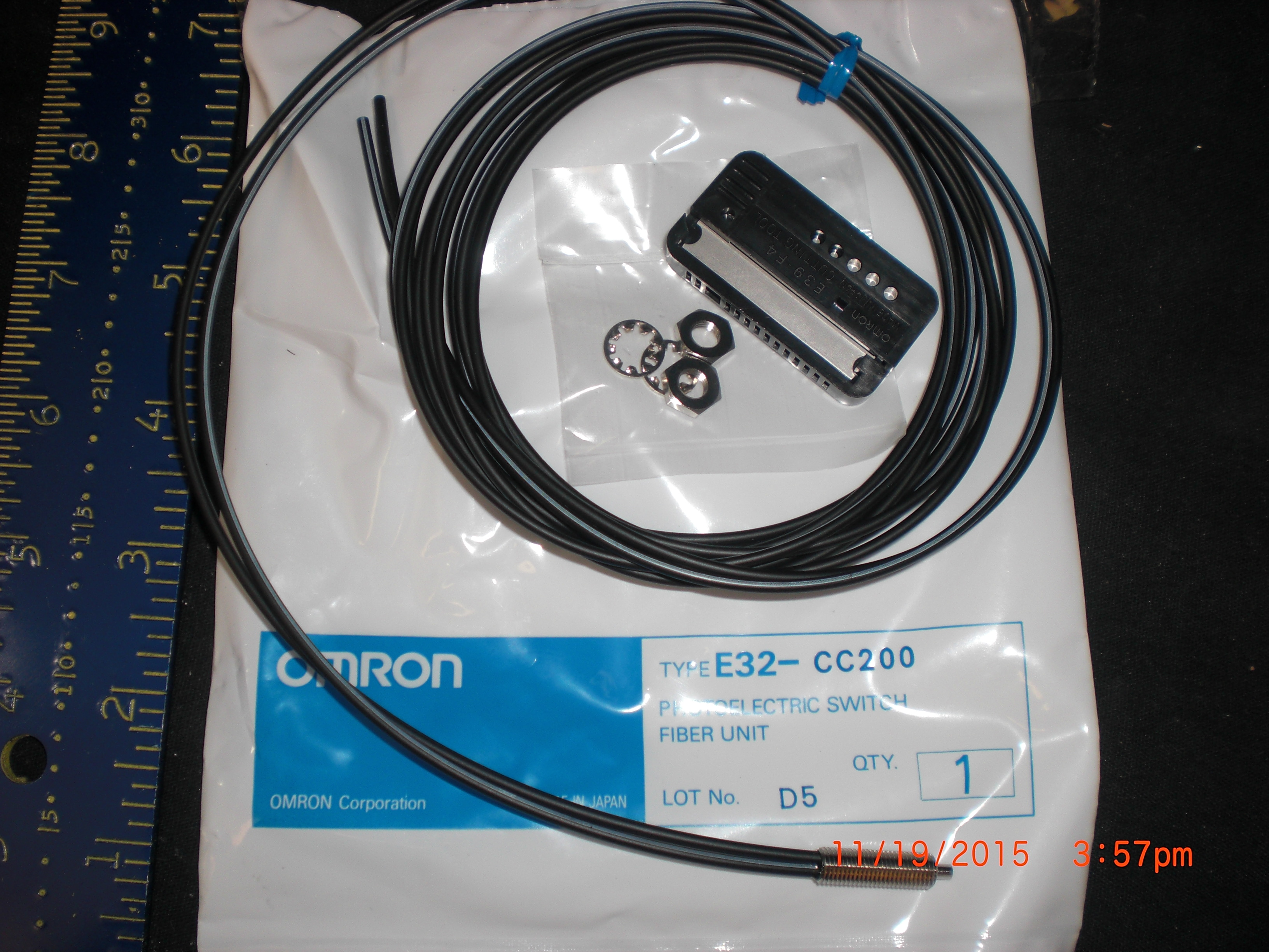 Fiber Optics Cable OMRON E32-CC200  Concentric Beam for Photoelectronic Switch