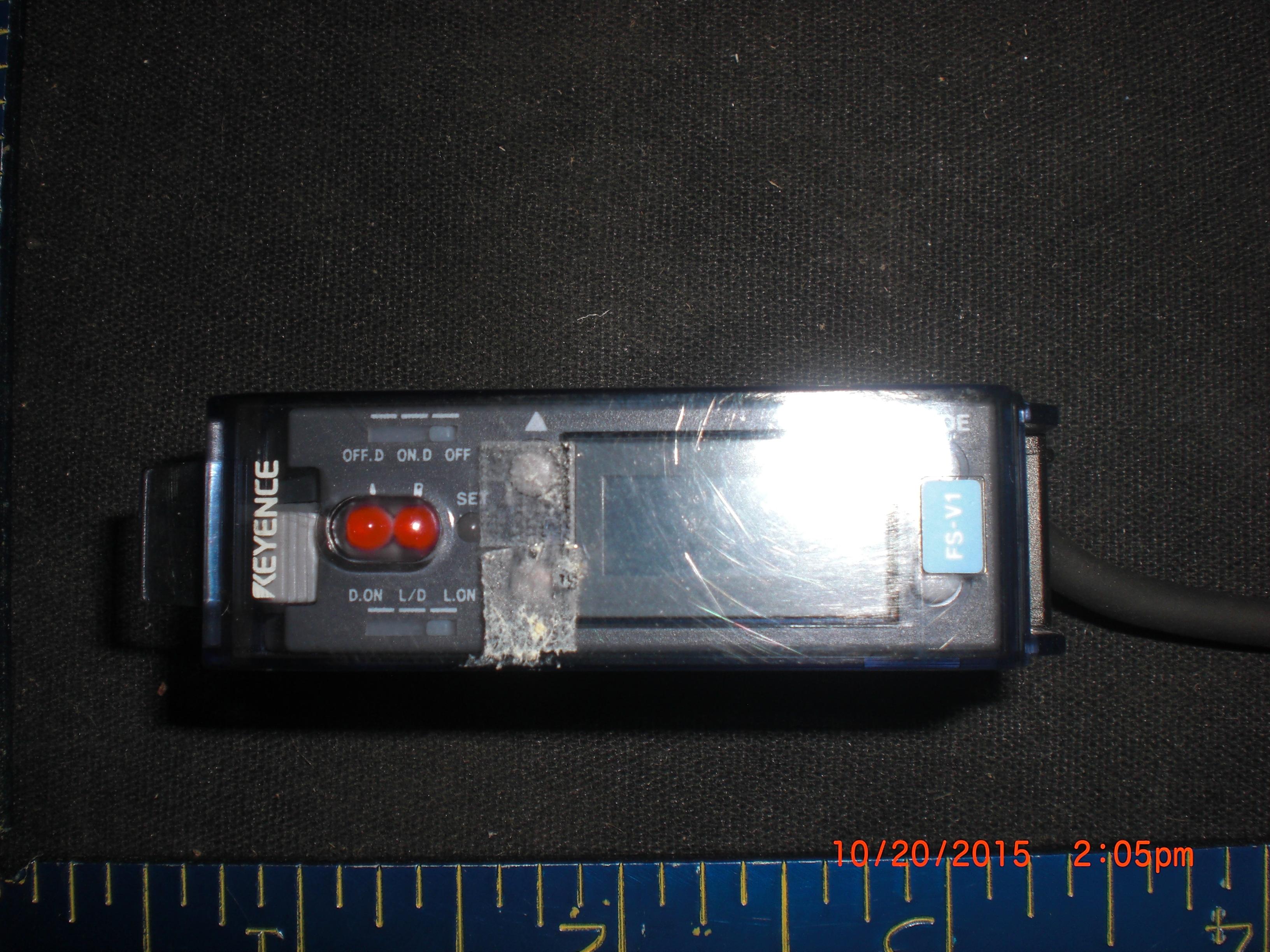 Amplifier KEYENCE FS-V1 DIGITAL FIBER amplifier