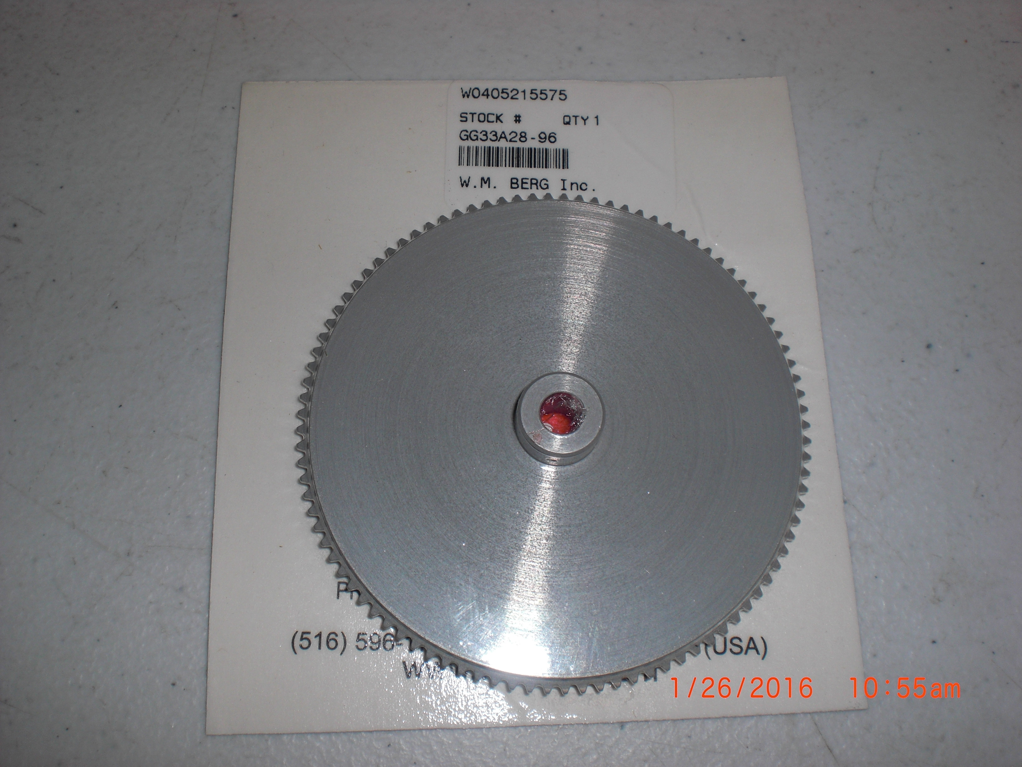 Pulley BERG GG33A28-96 Sprocket, 96 Teeth  AL Bore 0.2500 inch (6.35 mm) Hub Diameter 0.5000 inch (12.7 mm) Pitch Subminiature (