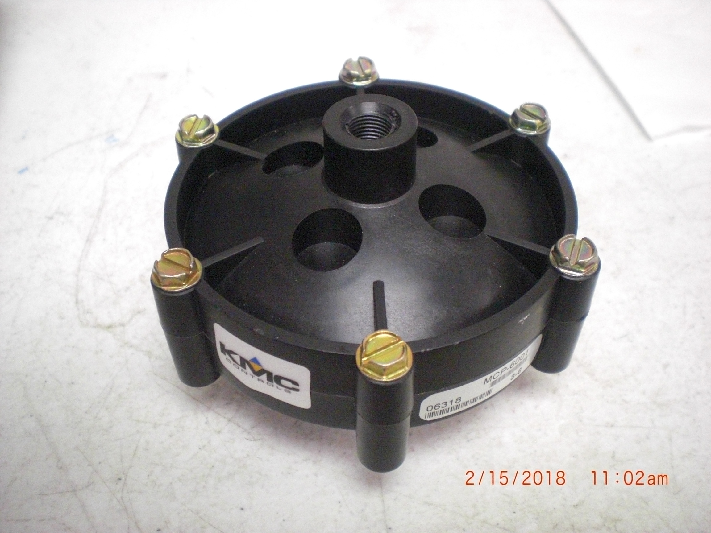 Actuator KMC Controls  MCP-6001 Valve Top, 3-8 PSI, 5 SQIN