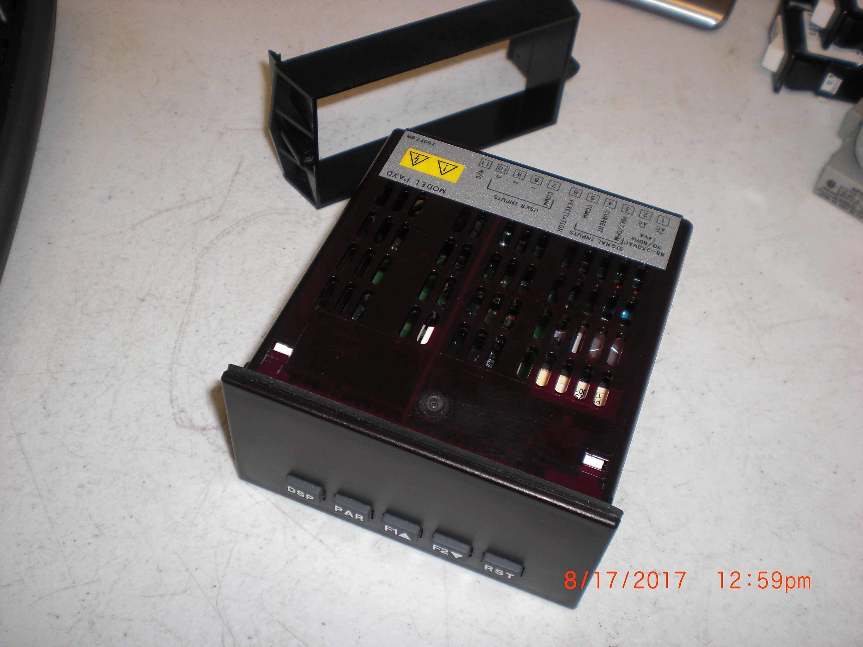 Instrument RED LION CONTROLS PAXD w/PAXCL10  PANEL METER VDC