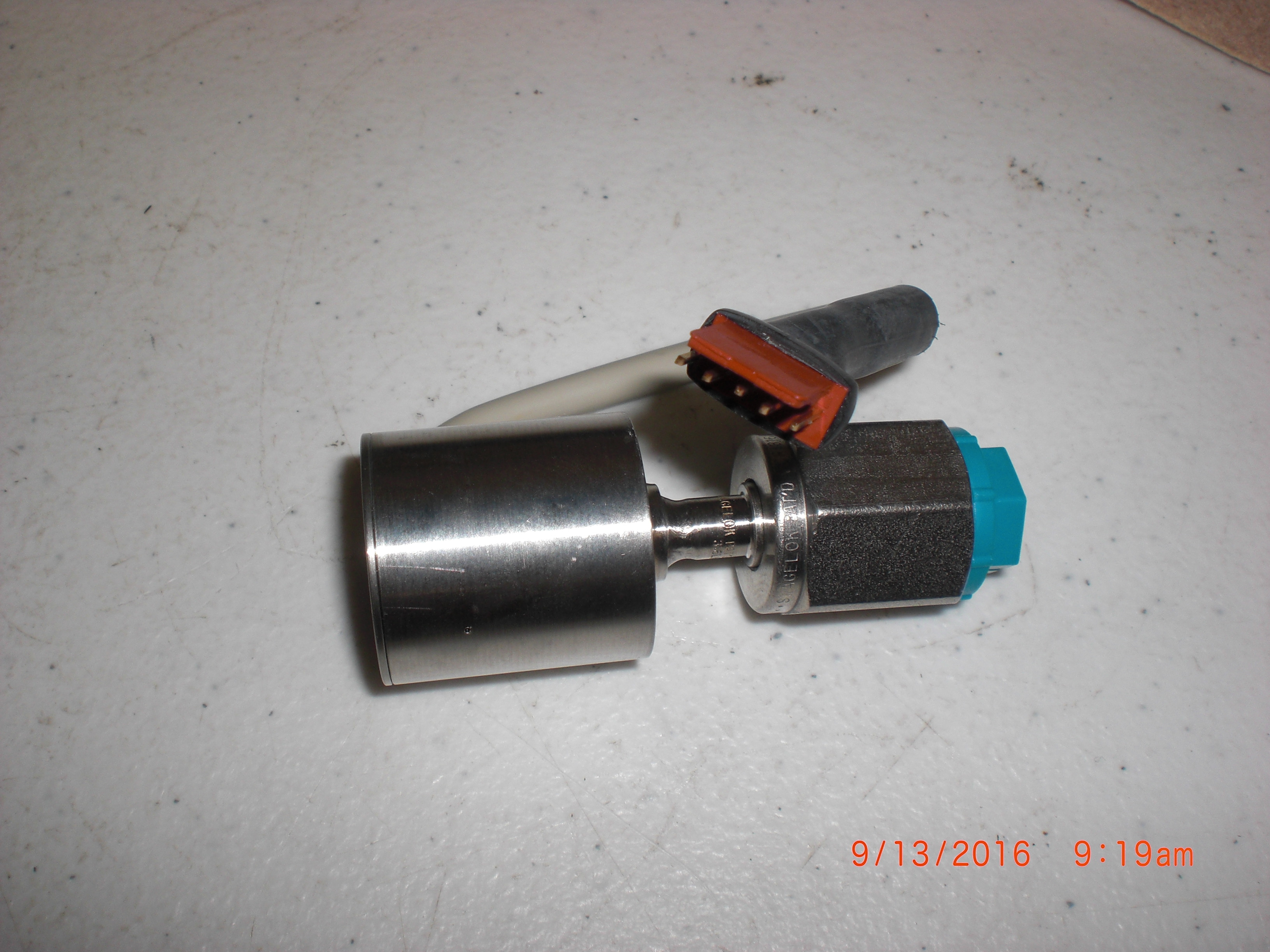 Transducer 0-60 psi 1/4F VCR 5500-0060 OEM  SQ95608