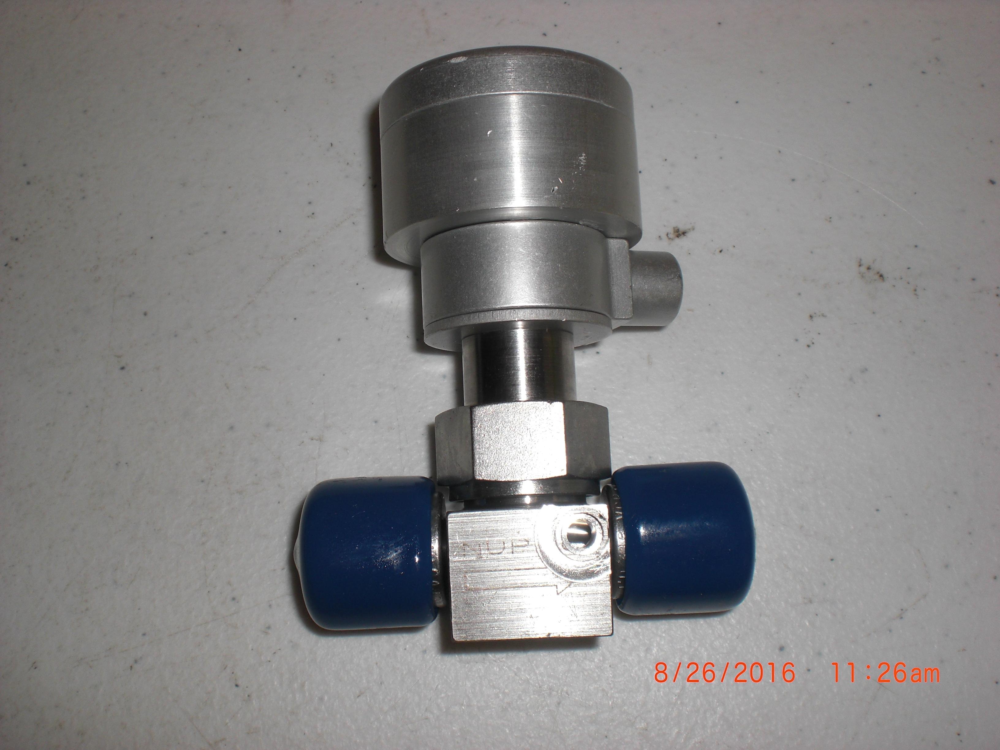 Valve Diaphragm SS 1/4FVCR  Tube weld port NUPRO SS-4BK-V51-1C-MOD Swagelo