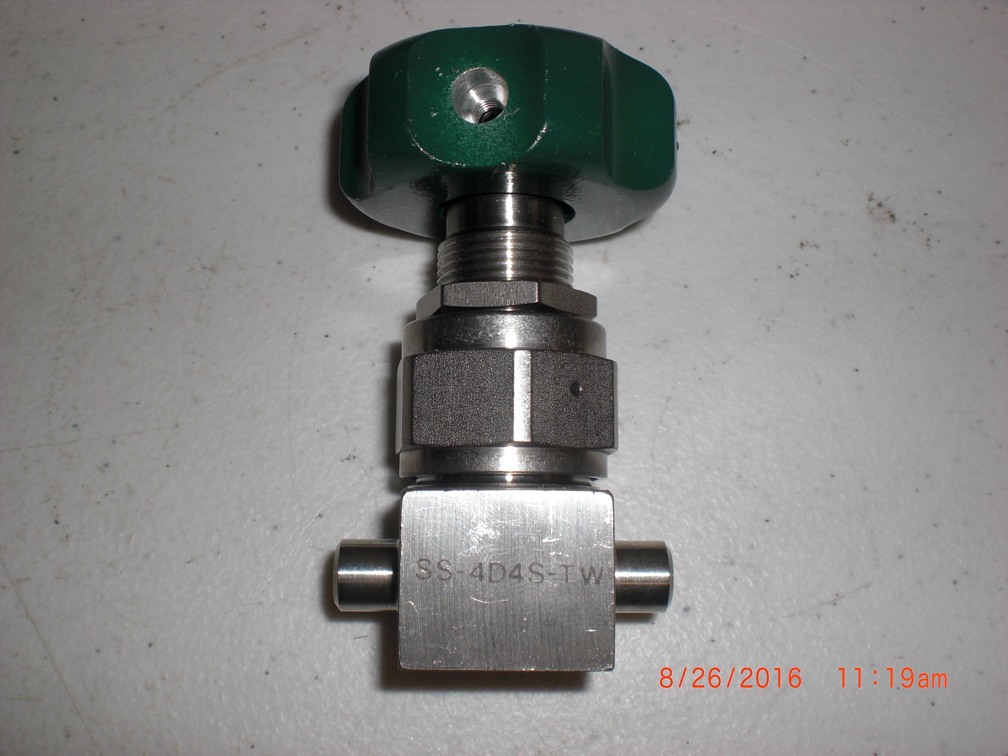 Valve Diaphragm Manual 316L SS 1/4 Tube socket weld NUPRO SS-4DS4-TW Swagelok