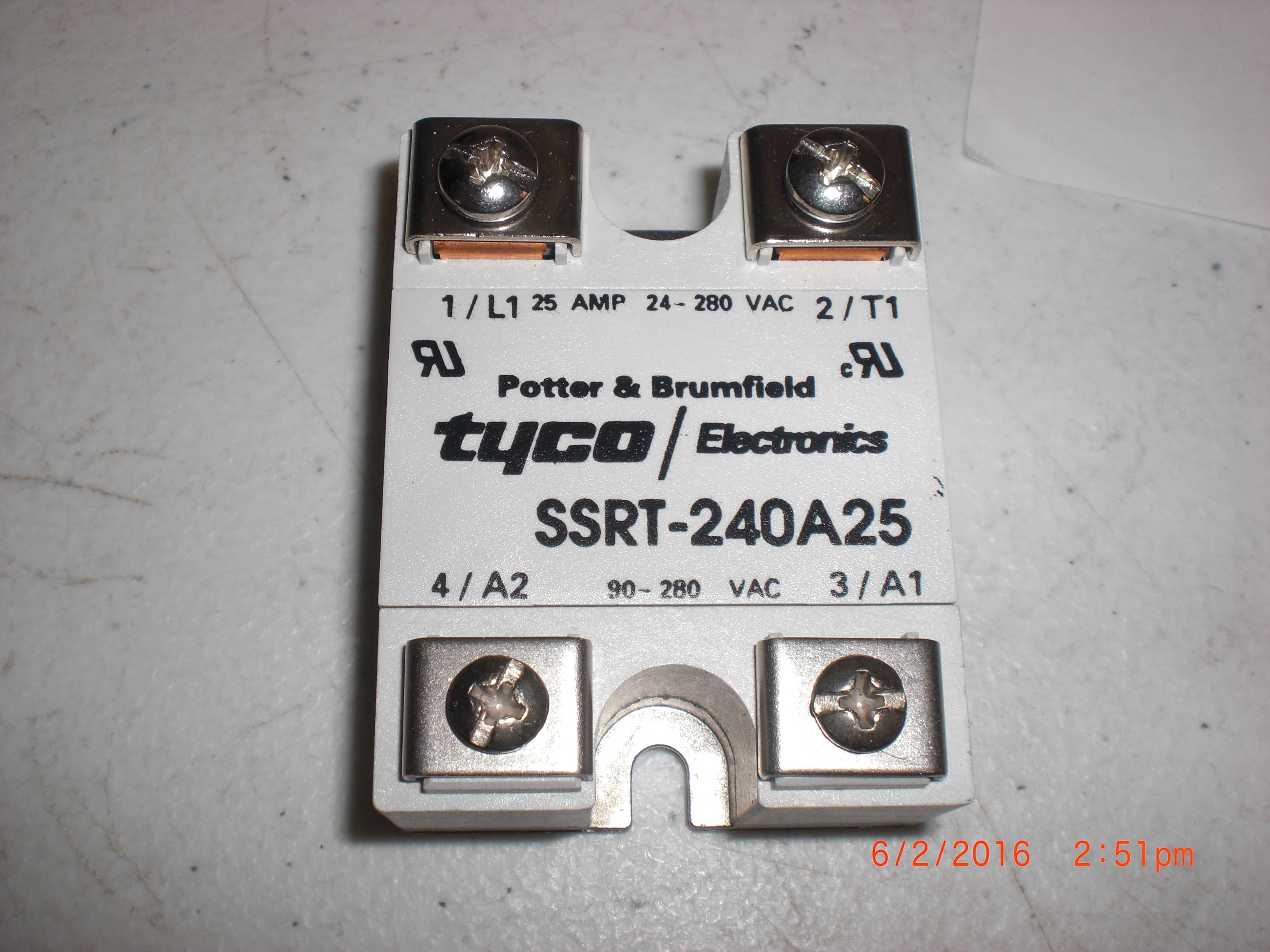 Relay Solid Sate  90-280V-AC 24-280 VAC 25A TYCO SSRT-240A25