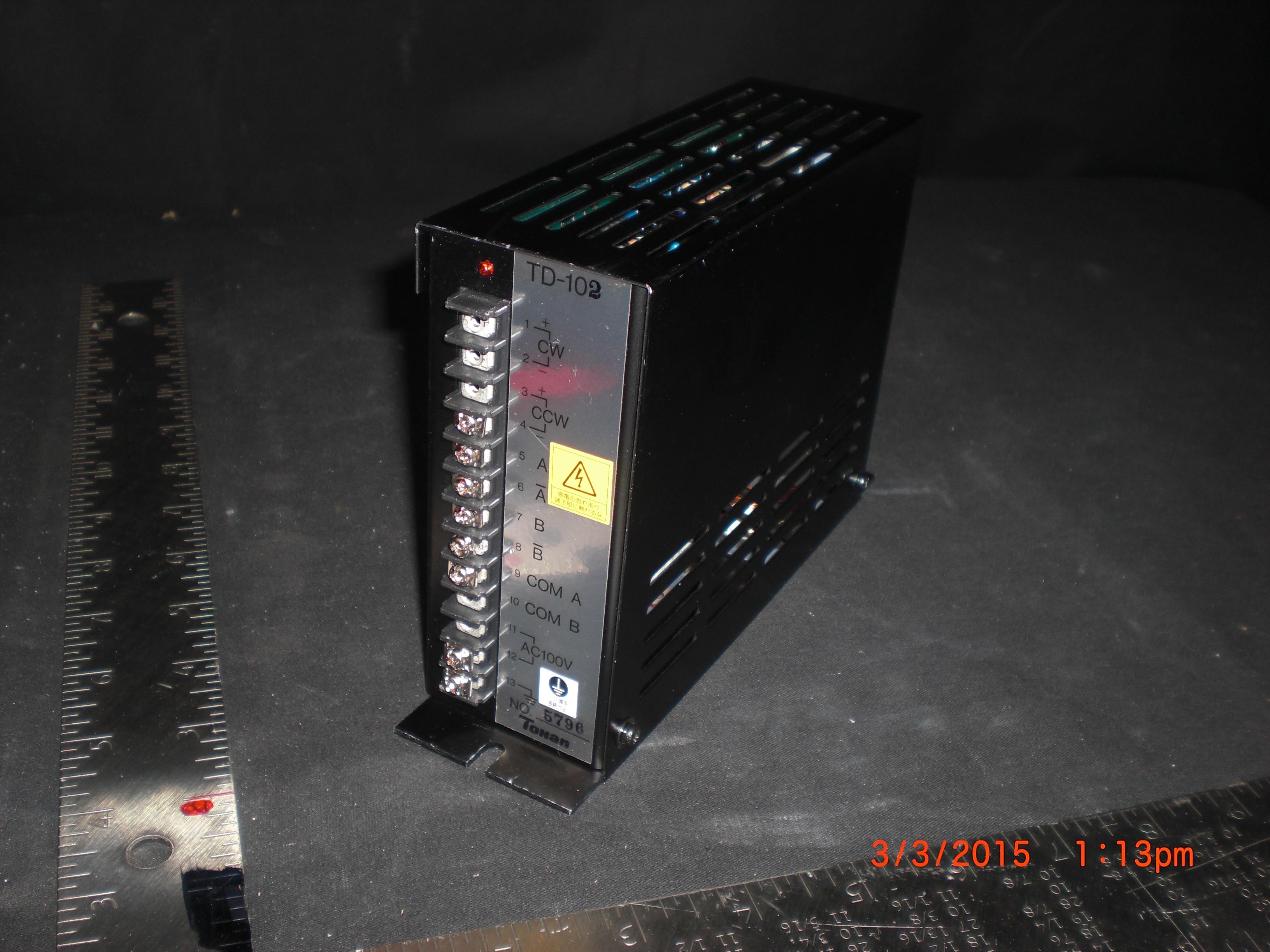 Amplifier  TOHAN DENSHIKIKI TD-102  SERVO DRIVER STH56D-253 AC100V