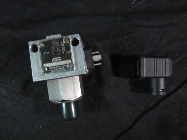 Switch PRESSURE FEMA Adjustable  CENTRA BURKLE VNMV-111 Honeywell