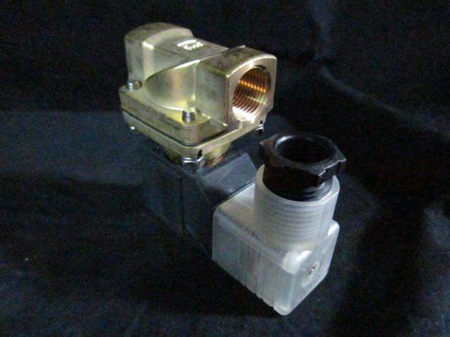 Valve SMC  SOLENOID Brass 1/2 FPT 24VDC VXD2130-03-5DZ-Q SV2-03-5DZ-QTUV