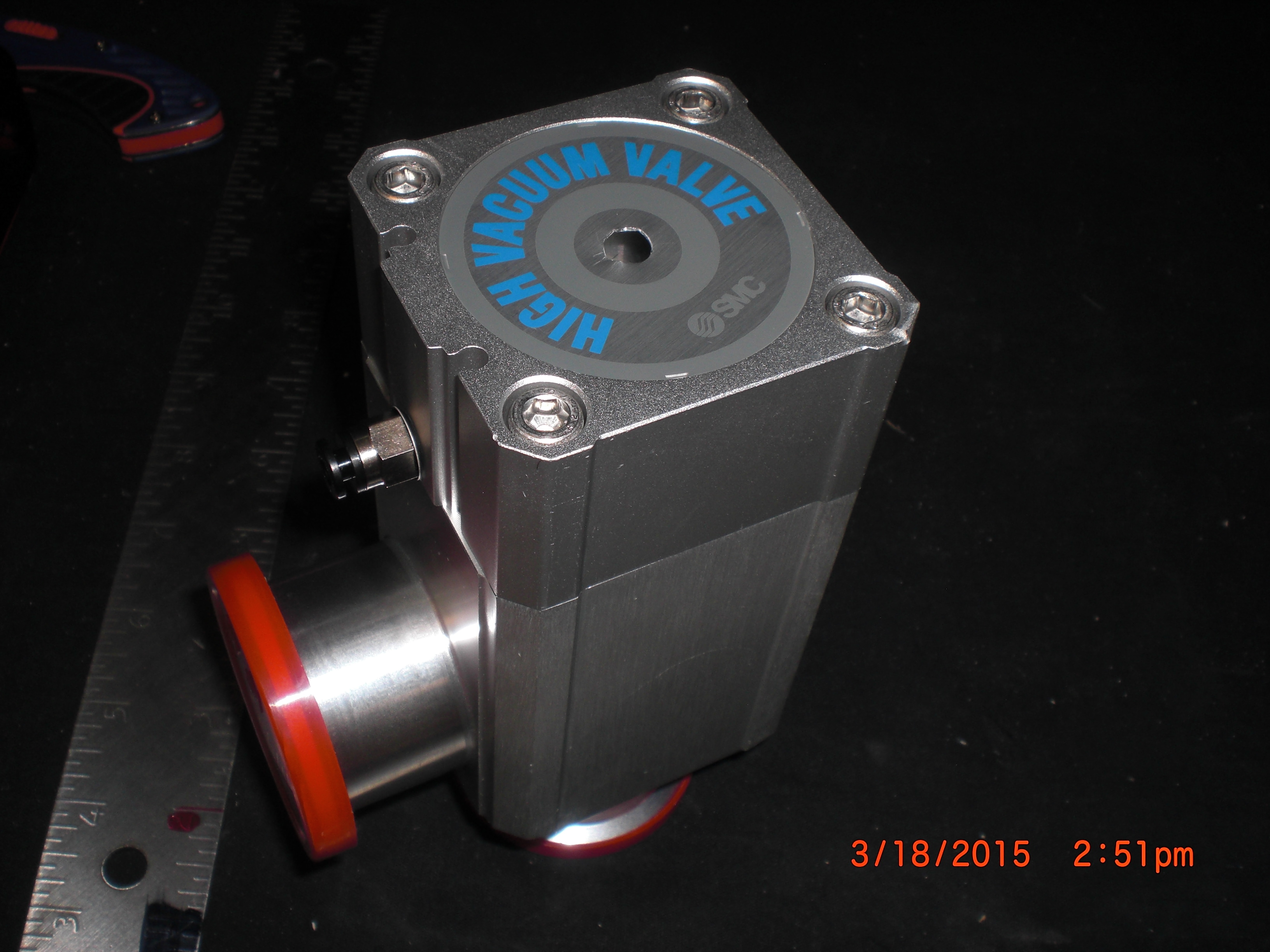 Valve Vacuum Bellows SS right angle KF40 Pneumatic N/C SMC XLA-40
