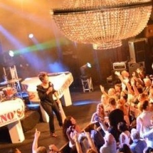 2 Grand Karaoke Band - Dueling Pianos / Rock & Roll Singer in Las Vegas, Nevada