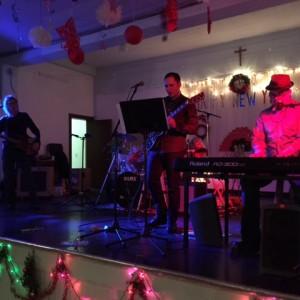 4 Way Split - Classic Rock Band in Ottawa, Ontario