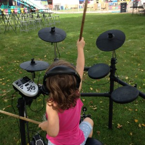 5-Minute Drum Lessons - Mobile Game Activities / Family Entertainment in St Paul, Minnesota