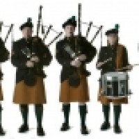 Bagpipers -Brian Boru Pipe Band