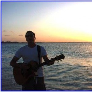Aaron Alexander - Singing Guitarist in Indian Wells, California