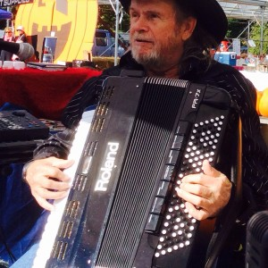 Accordion Cool - Accordion Player in North Attleboro, Massachusetts