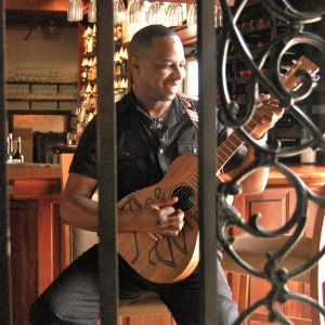 Ace Winn - Singing Guitarist / Wedding Singer in Jacksonville, Florida