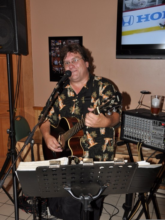 Hire Acoustic Dave, Baby Boomer Music Productions ...