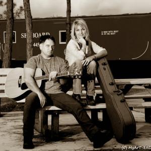 Acoustic Guitar Singer - Singing Guitarist in North Port, Florida