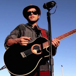 Acoustic House - Singing Guitarist in Orlando, Florida