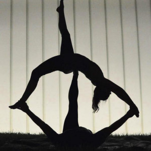 Acrobatic Yoga Performance