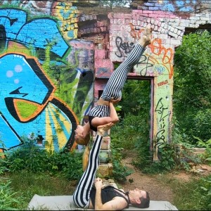 Acroyoga - Acrobat in Atlanta, Georgia