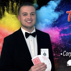 Adam cain, professional magician - Magician / Holiday Party Entertainment in Cincinnati, Ohio