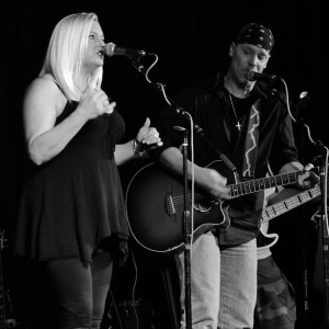 Adrienne Rose Music - Acoustic Band in Middletown, Ohio