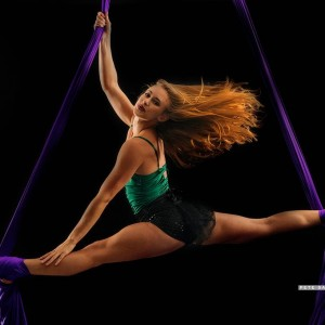 Aerial arts & Acrobatics, - Aerialist in Seattle, Washington