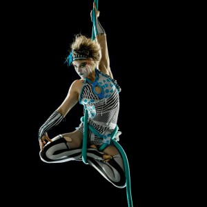 eka.boo.button - Aerialist / Stilt Walker in San Francisco, California