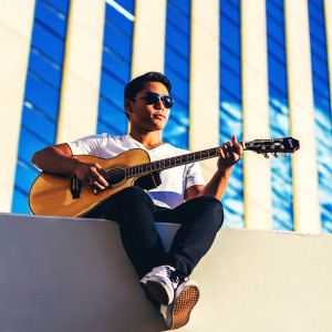 Daniel Echo - Singing Guitarist / R&B Vocalist in Las Vegas, Nevada