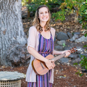 Alana Fitzgerald - Singing Guitarist / Celtic Music in Long Beach, California